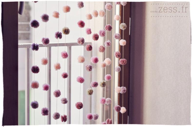 DIY : un rideau de pompons - Zess.fr // Lifestyle . mode . déco ...