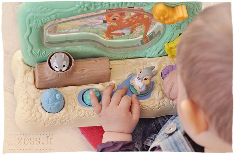 vide-grenier brocante jouets vintage rétro